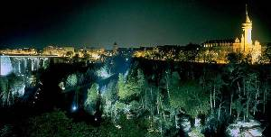 luxembourg_city_by_night